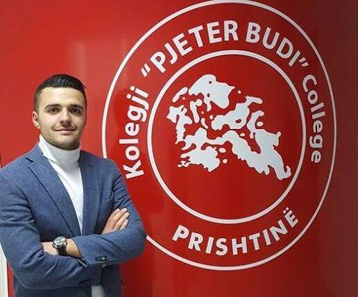 Ibrahim Nicaj is elected chairman of the Student Parliament