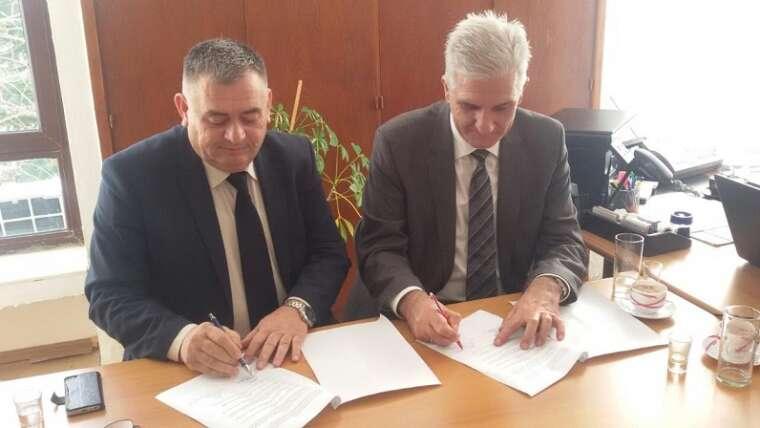 """""""Pjetër Budi"""" nënshkruan edhe një marrëveshje bashkëpunimi"""