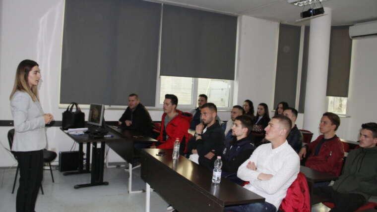 "Legal expert Teuta Rudi holds a lecture at the College ""Pjetër Budi"""